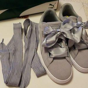 e4cc8c027c0ed4 Puma Shoes - Brand new Puma suede heart safari women shoes sz 9